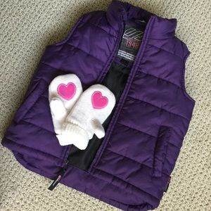 Weatherproof puffer vest with pockets